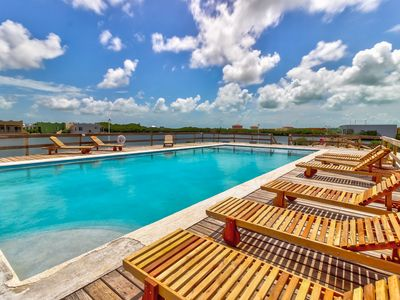 Photo for Lovely lagoon-front suite w/ shared swimming pool - near beaches & restaurants
