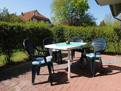 Photo for 2BR Apartment Vacation Rental in Neuharlingersiel