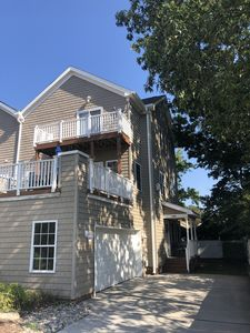 Photo for Charming Oceanfront, Vibe District, Convention Center Executive Townhouse
