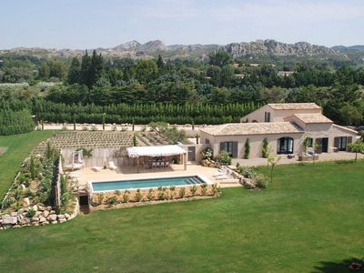 Photo for Luxury house in the earth of the Alpilles