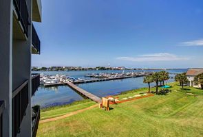 Photo for Condo Vacation Rental in Mary Esther, Florida