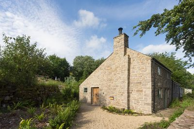 A beautifully stored Stone cottage from the 1800's