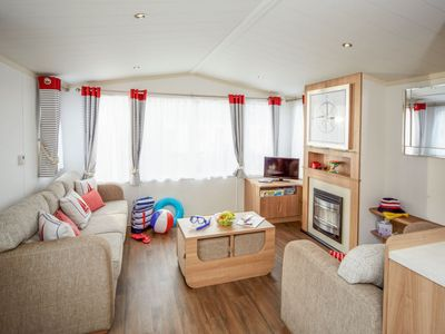 Photo for Vacation home Thornwick Bay  in Thornwick Bay and Flamborough, Yorkshire and the Humber - 8 persons, 3 bedrooms
