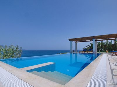 Photo for 3 bedroom Villa, sleeps 6 in Kleísmata with Pool, Air Con and WiFi
