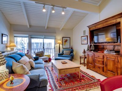 Photo for Sunny townhouse w/ views, summer pool, & ski bus pick-up!