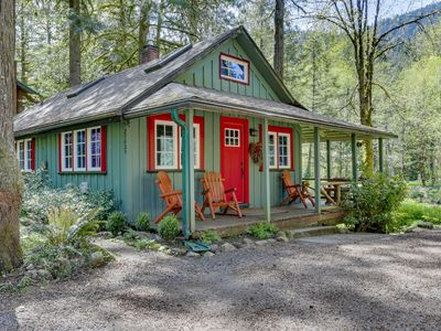 Photo for Inviting, dog-friendly, waterfront cabin w/ covered porch & cozy interior!
