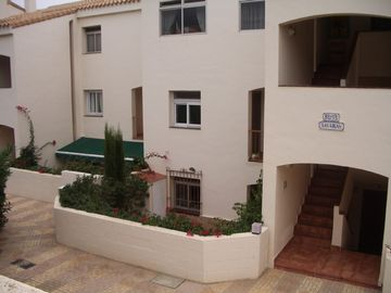 Bellaluz, Superb 2 bedroom/2 bathroom garden apt, free Wifi and Air/Con