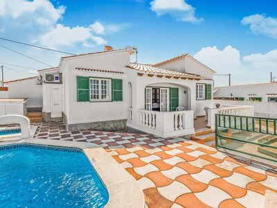 Photo for 4 bedroom Villa, sleeps 6 with Pool, Air Con and FREE WiFi