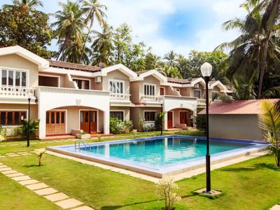 Photo for Charming and Independent 4 Bedroom Villa