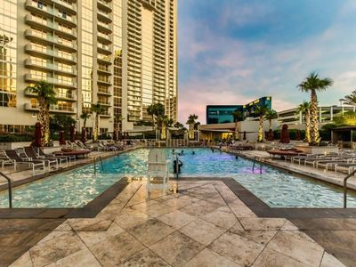 Photo for 1BR Apartment Vacation Rental in Las Vegas, Nevada