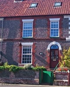 Photo for The perfect setting for a memorable escape to the North Norfolk coast, pet friendly.