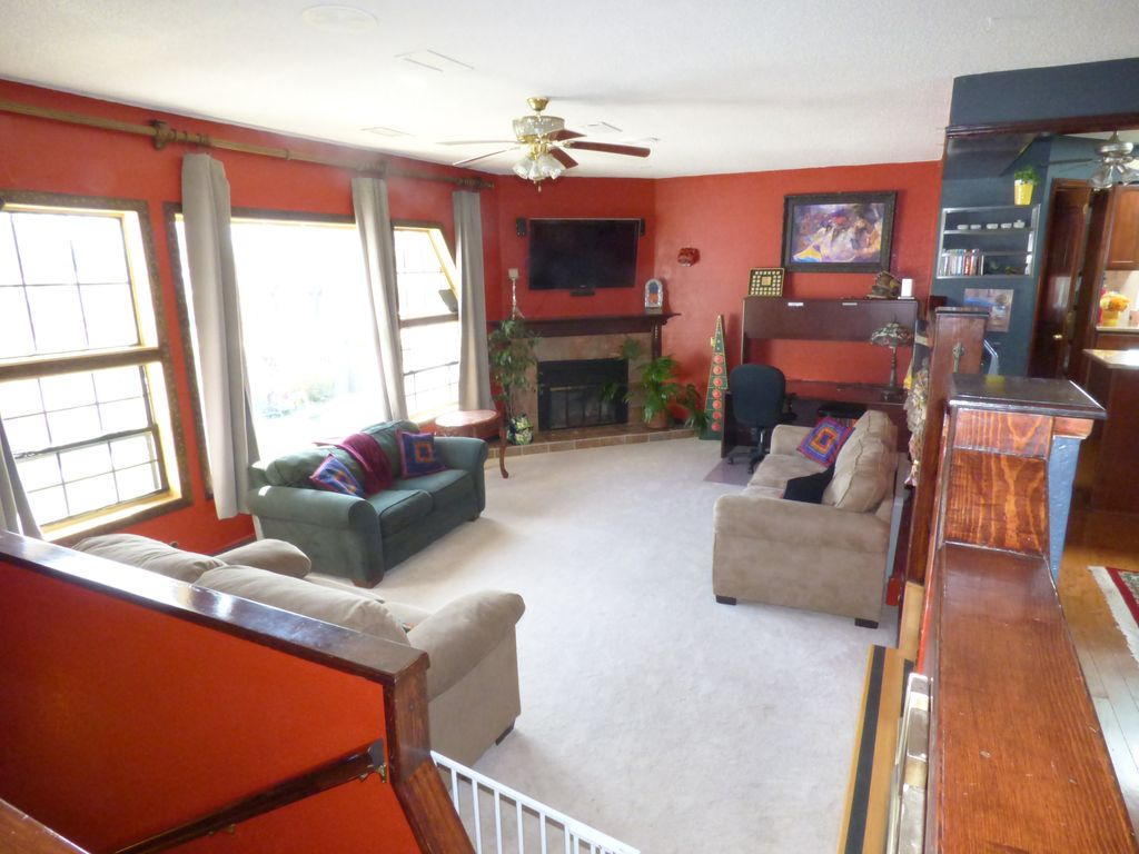 Hotels vacation rentals near grizzly rose denver for Cabins in denver colorado for vacation