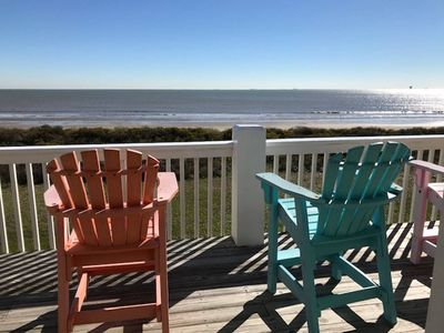 NEW LISTING! Beachfront, Pet Friendly, WiFi, Paradise!