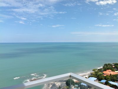Photo for Breathtaking Beachfront Condo 22nd Floor With View Of The Mountains & Ocean!!!!