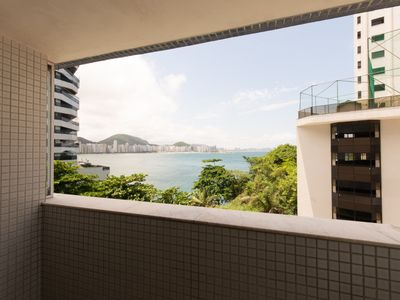 Photo for Beautiful apartment in Guarujá with cinema view to the sea