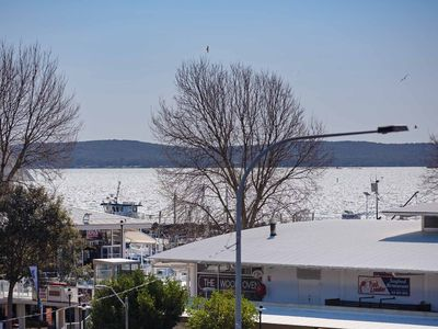 Photo for 6 'Tradewinds' 110 Victoria Parade - excellent CBD location with water views