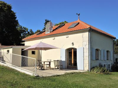 Photo for 2BR Farmhouse Vacation Rental in Sainte-Lheurine, Nouvelle-Aquitaine