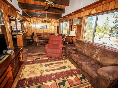 Photo for House in the center of Big Bear Lake with Parking, Internet, Washing machine, Balcony (983717)