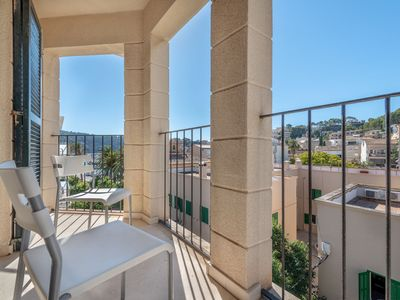 Photo for Air-Conditioned Apartment Close to the Beach, with Balcony & Wi-Fi