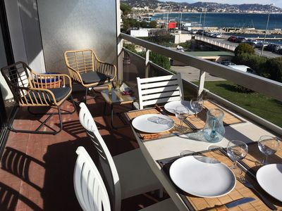 Terrasse du bas / Terrace from the living room