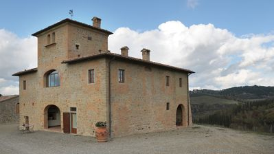 Photo for Holiday apartment in a Tuscan farm with an outdoor pool