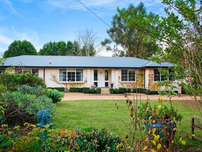 Photo for Oakley House - Exeter, Southern Highlands