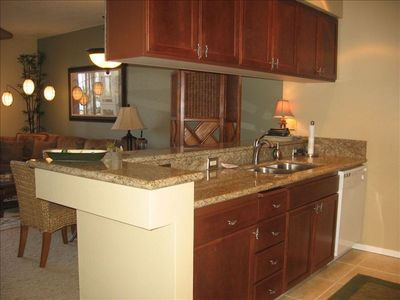 New Kitchen Cabinets and Granite Counter Tops