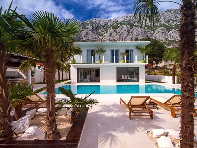 Photo for Villa Caribic with 72sqm private pool, whirlpool, sauna, outdoor lounge area