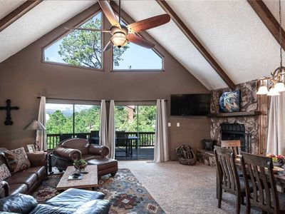 Photo for Majestic Retreat, 4 Bedrooms, Fireplace, Jetted Tub, Foosball, Sleeps 8