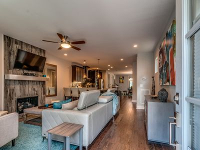 Photo for Elegant and Relaxing Downtown Nashville Home.  Near ALL the Fun!
