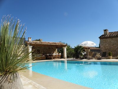 Photo for Luberon: prestigious villa with infinity swimming pool and large garden