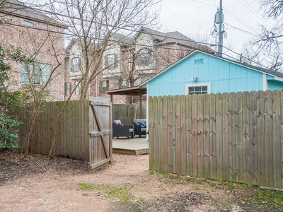 Photo for Aggieland Cottage walking distance from A&M campus w/ Wi-Fi