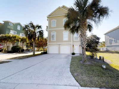 Photo for Beautiful Singleton Beach Home, 3 King Beds, Private Pool, Grill, Elevator, Game Room, Walk to Beach