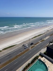 Photo for SEASIDE apartment with two bedrooms 5 minutes from the beach of Pajuçara