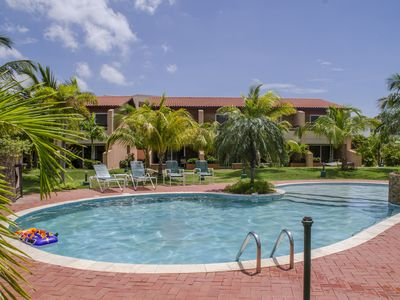 Photo for Deluxe Eagle Beach Townhouse