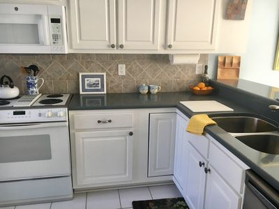 Remodeled kitchen with granite countertops!