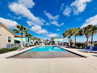 Pool - Take a refreshing dip in the shared pool, or lounge poolside and soak up the sun.