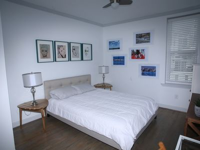 Photo for Modern City B&B featuring Art Gallery (Room 3)