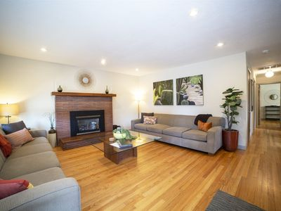Photo for Walk to Downtown from Midtown Bend Oregon, Three Queen Suites, One Bathroom, Office, Pet Friendly, A