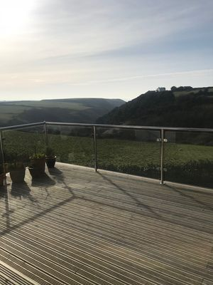 Photo for Stunning family home with sea views. 3 min drive to Trebarwith beach
