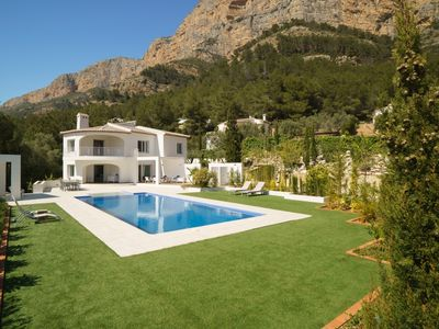 Photo for 4 bedroom Villa, sleeps 8 in Santa Lucía with Pool, Air Con and WiFi