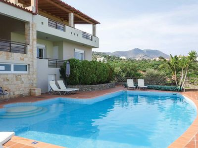 Photo for 4 bedroom Villa, sleeps 8 in Katsikia with Pool, Air Con and WiFi