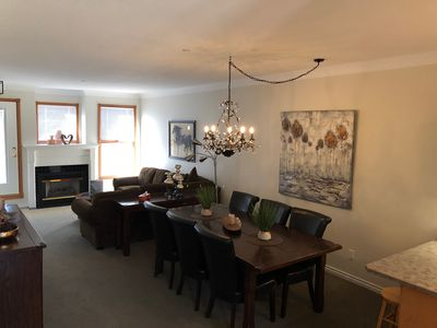 Photo for Deluxe 2 Bed/2 Bath In The Popular Grandview Building