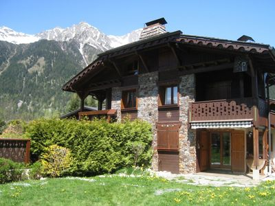 Photo for Beautiful apartment with a somewhat unusual layout less than 1km from the slopes