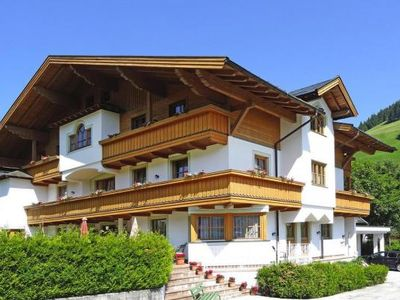 Photo for Holiday flats Filzmoos Appartements, Filzmoos  in Salzburger Sportwelt - 6 persons, 2 bedrooms