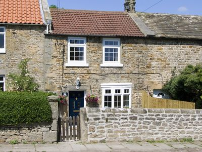 Photo for Peace Cottage, STAINTON