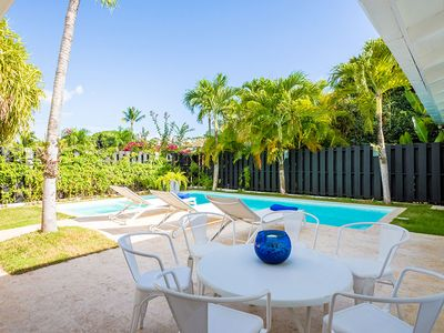 Photo for Fresh Tropical Golf Villa, Private Pool + Jacuzzi, Housekeeping, AC, Wifi, Walk to Hotel, Spa