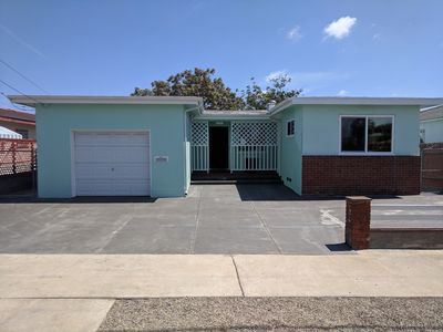 Photo for Vintage mid-century 2 bedroom single family home!