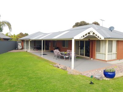 Photo for Large home in Aldinga Beach for excellent holiday.