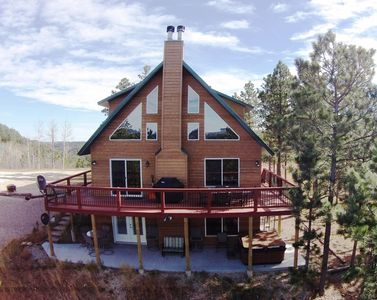 Photo for 5BR Cabin on 2 Acres! Amazing views, Fun Game Room, Hot tub, Fireplace, Internet